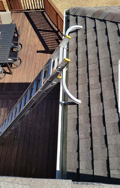 How Clean Gutters Prevent Expensive Water Damage